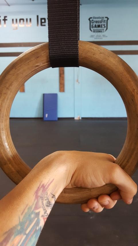 Grip down on rings